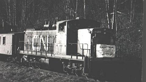 http://www.railfan.net/forums/cgi/Images/CN/Last_run_to_Cowichan_Bay.jpg