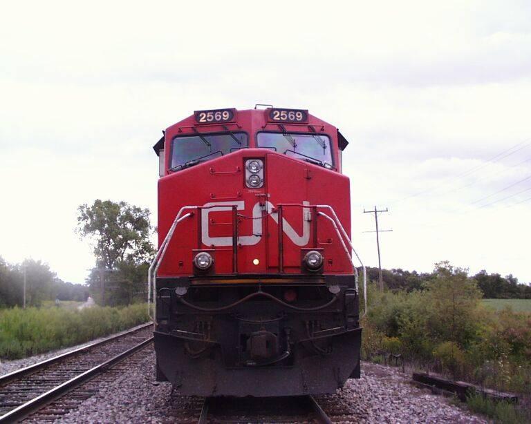 http://www.railfan.net/forums/cgi/Images/CN2569-3.jpg