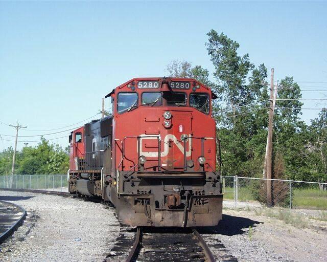 http://www.railfan.net/forums/cgi/Images/CN52803.jpg