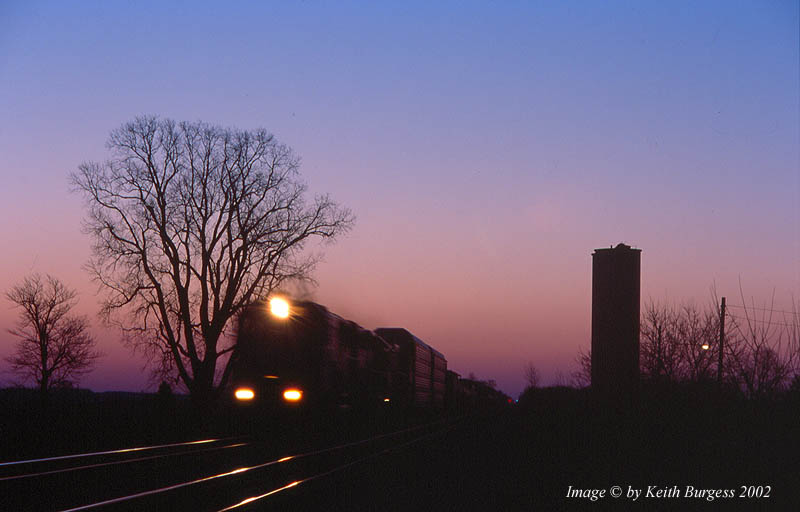 http://www.railfan.net/forums/cgi/Images/Photo/CSXTHoytvilleWBsunrise2002_copy.jpg