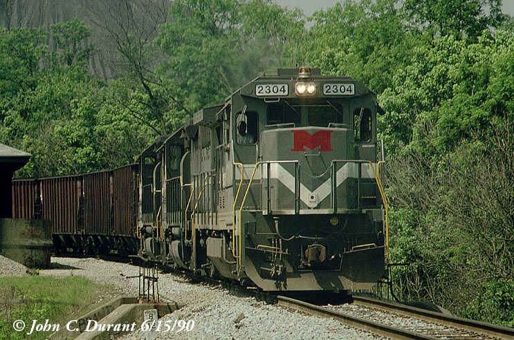 http://www.railfan.net/forums/cgi/Images/Photo/MGA2304.jpg
